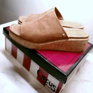 Circus by Sam Edelman (Sylvia) sandals  size 10